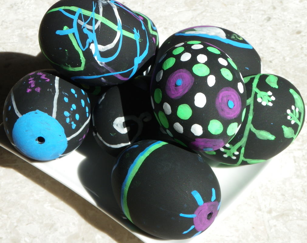 easter eggs craft chalkboard chalk free instructions