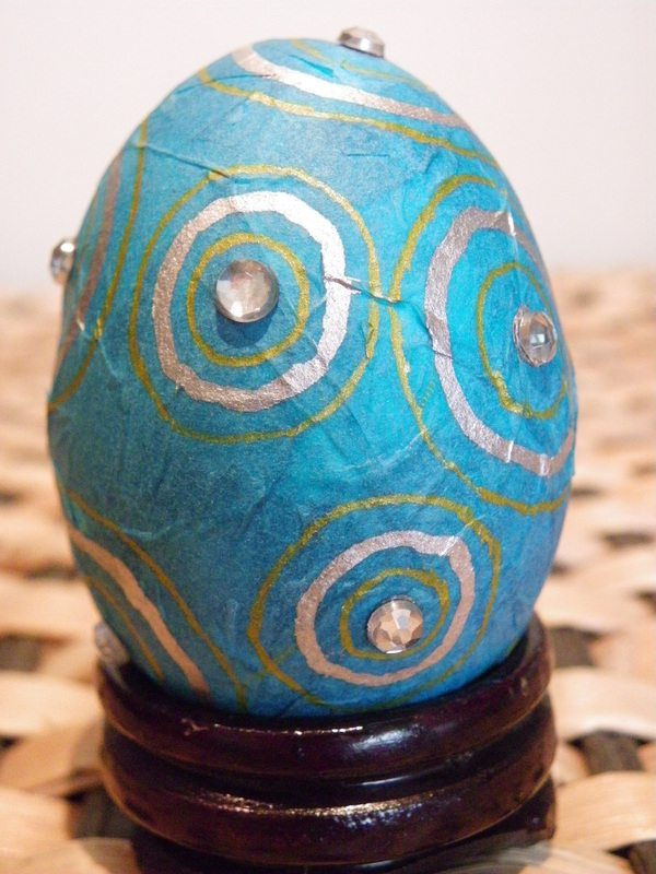 Decorative Foam Easter Eggs With Tissue Paper Mache Coating And Rhinestone Designs Free Craft Instructions
