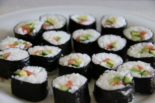 How to make Sushi Rolls. Detailed instructions and video.