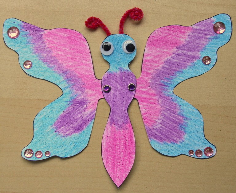 Kids craft butterfly with moving wings  with free printable  template