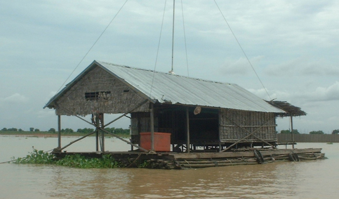Chong Khneas floating village houses on the Tonlé Sap Lake near Siem Reap in Cambodia