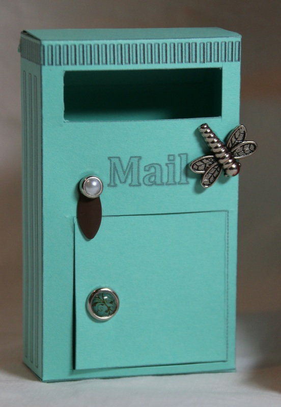 Fairy Mailbox. Printable template and detailed instructions.