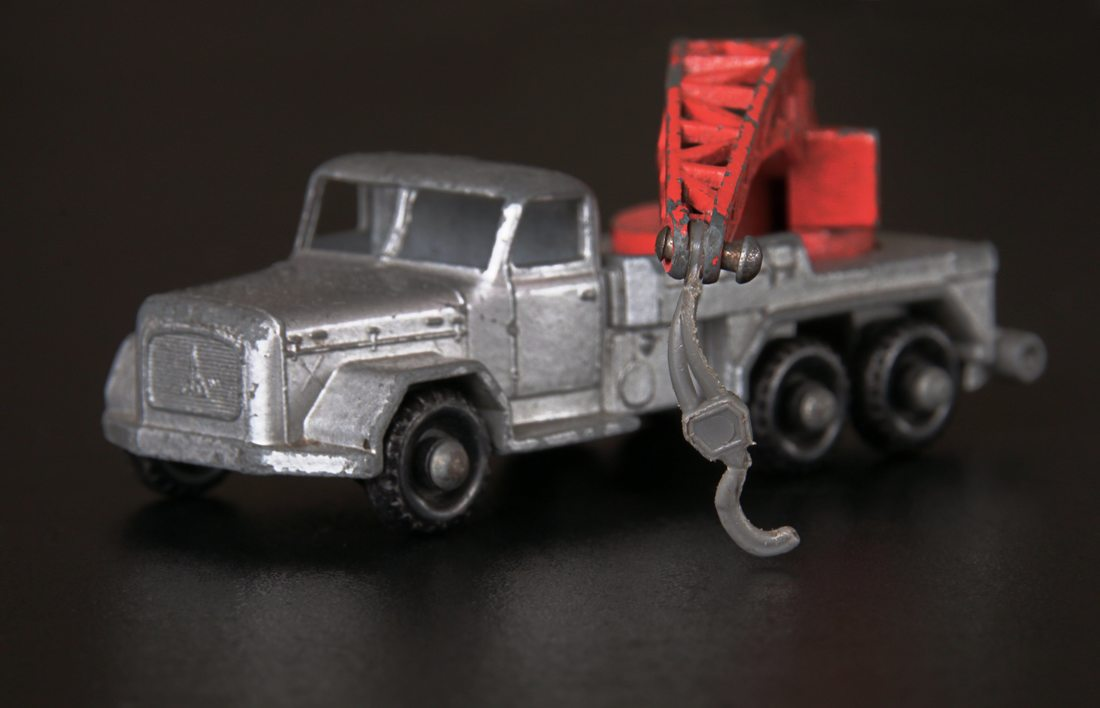 Metal toy crane truck.  Made in England by Lesney  ​
