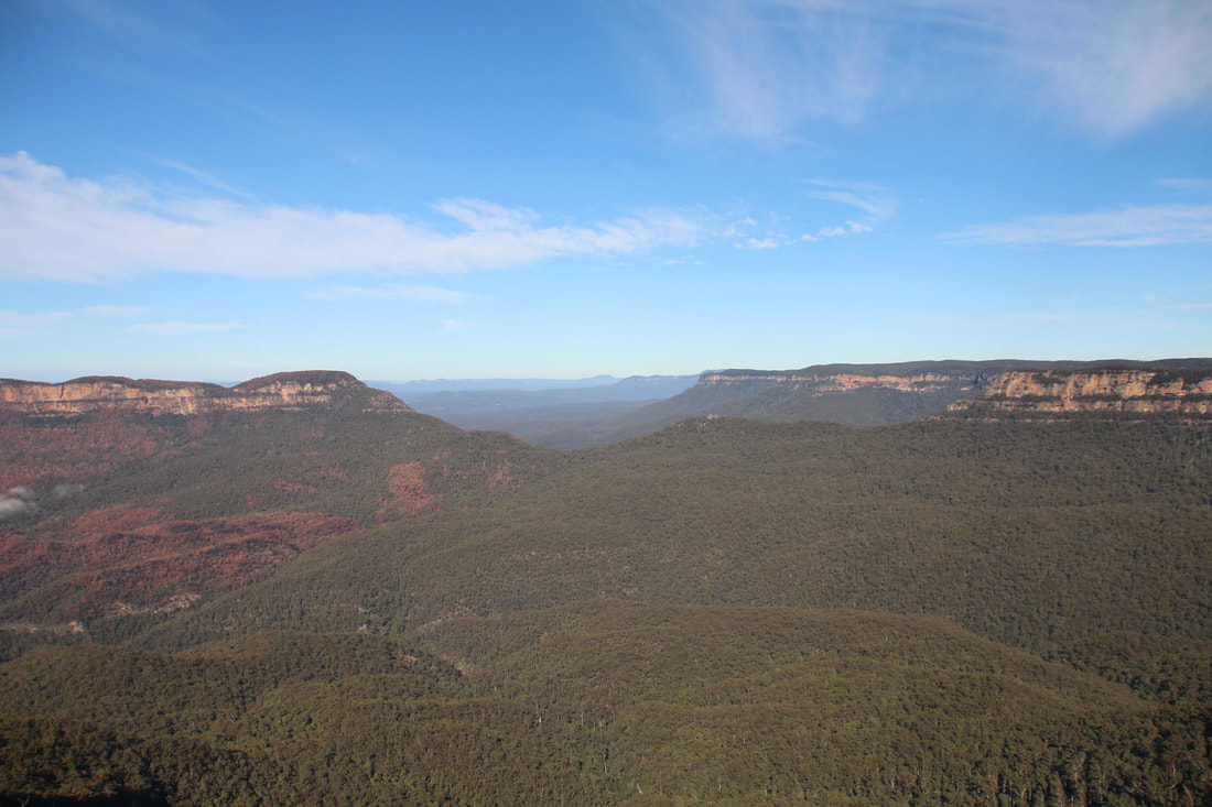 View at The Three Sisters, Katoomba. The Blue Mountains, New South Wales, Australia.